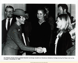 HM Queen Silvia meets with Swedish exchange students 1982