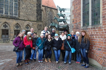 2016 JTerm with Frau Branstad in Bremen