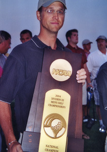 Scott Moe with 2004 NCAA Championship Trophy