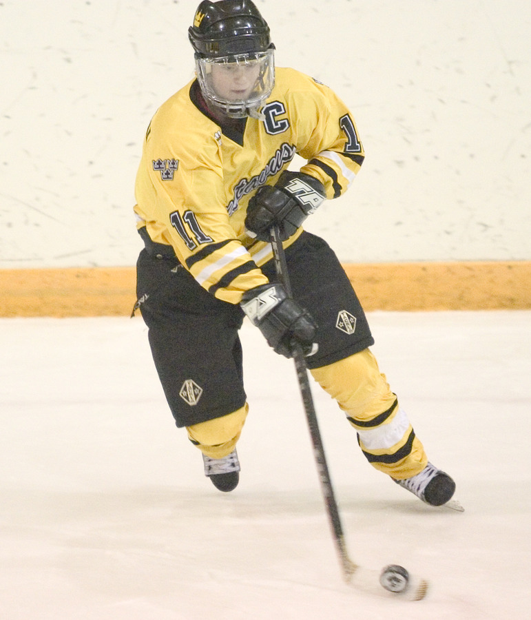 Laura Stypulkowski leads Gustavus in assists with 30.
