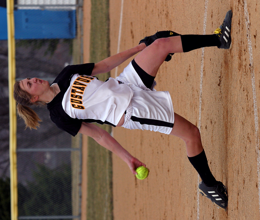 Joyce Dewitz throws a pitch against Bethany.