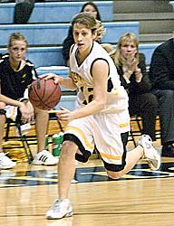 Sophomore Guard Jess Vadnais