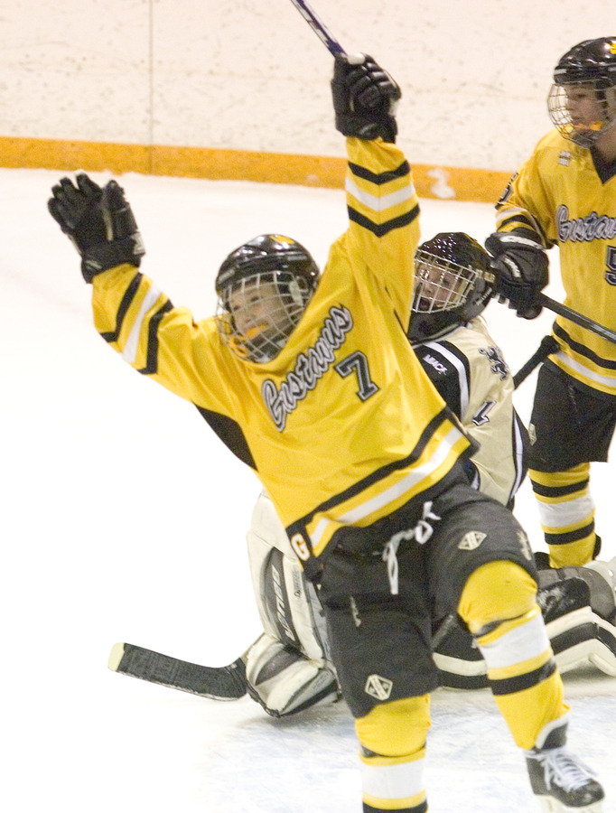 Laura Vannelli celebrates her goal in the first period that gave the Gusties a 6-0 lead.