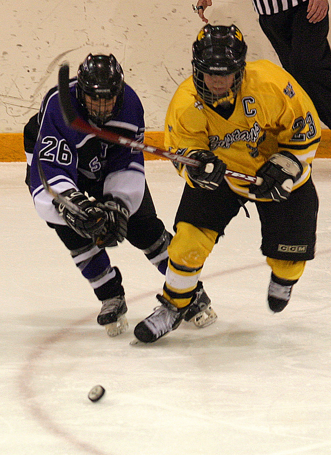 Peterson in action against St. Thomas.