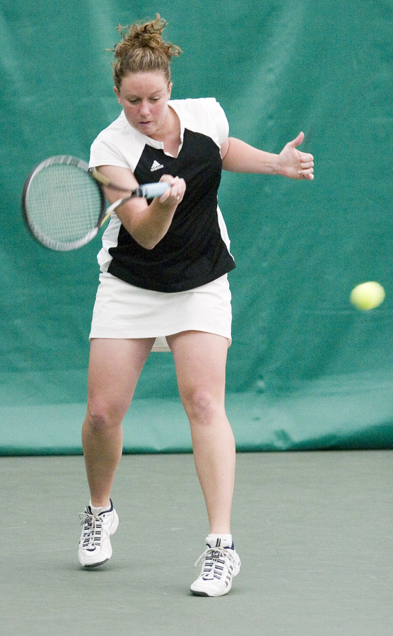 Senior Tara Houlihan picked up a pair of wins in the final against Carleton.