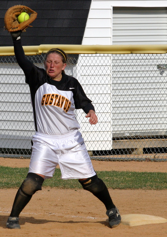 Lenoch played error-free softball in 2006, converting 279 chances at first base without an error.