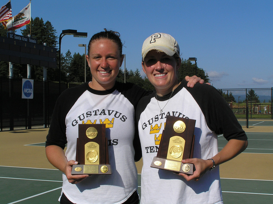 Houlihan (left) and Palen (right) became the fifth doubles team to win back-to-back NCAA Division III titles.