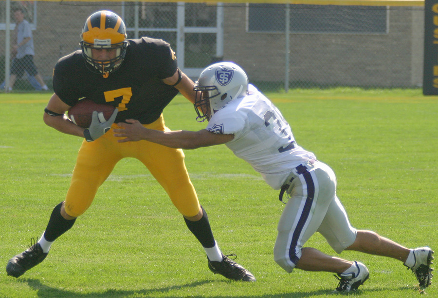 Senior wide receiver Kerry Zajicek moved past 1,000 career receiving yards against Hamline.
