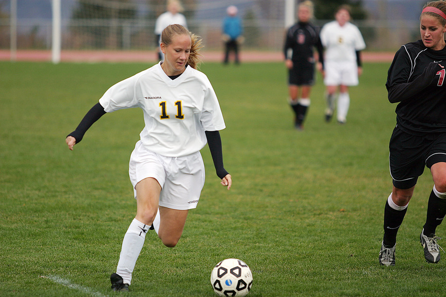 Christy Tupy scored her first goal of the season against the Pipers.