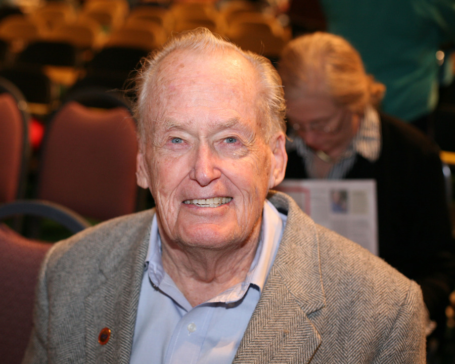 Walter L. Youngquist at this year's Nobel Conference.