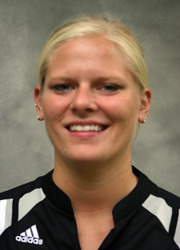 Jen Thelemann moved into eighth place on the all-time kills list at Gustavus.