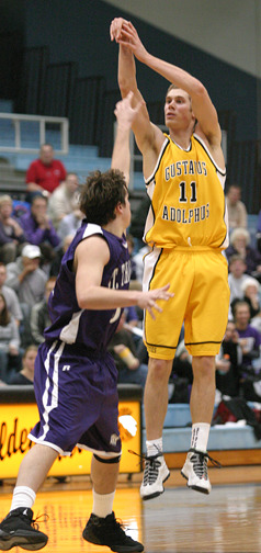 Wittwer pulls up for a jump shot against St. Thomas.
