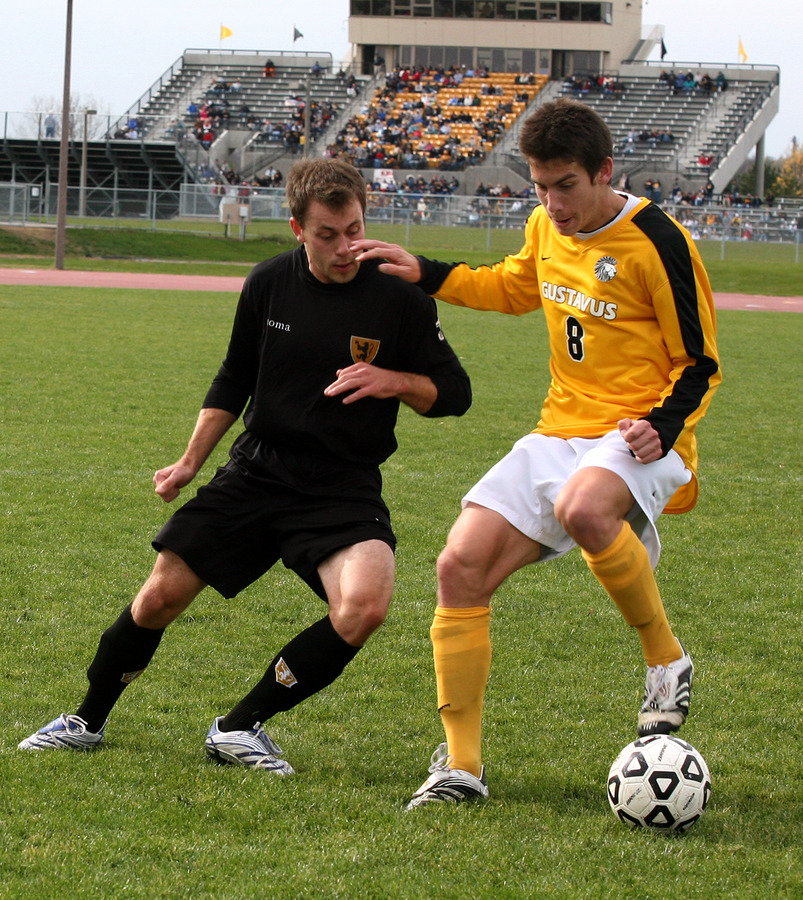 Mike Butterworth was named to the NSCAA All-Far West region and D3Kicks.com West region teams.