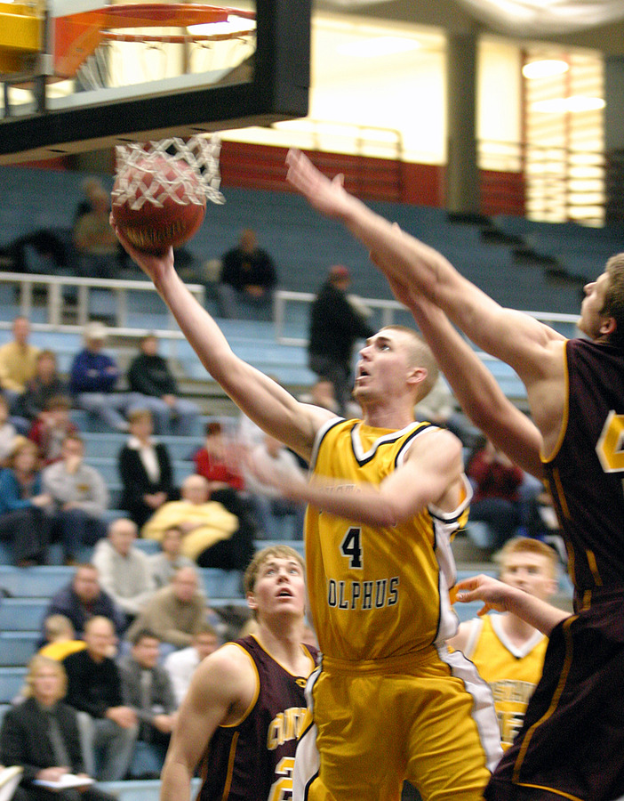 Kane Sivesind drives in for a layup.