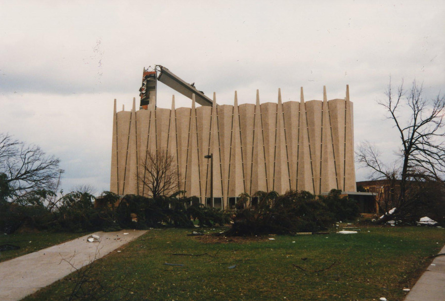 The spire on Christ Chapel snapped during the 1998 tornado (Photo by Glenn Kranking '98).