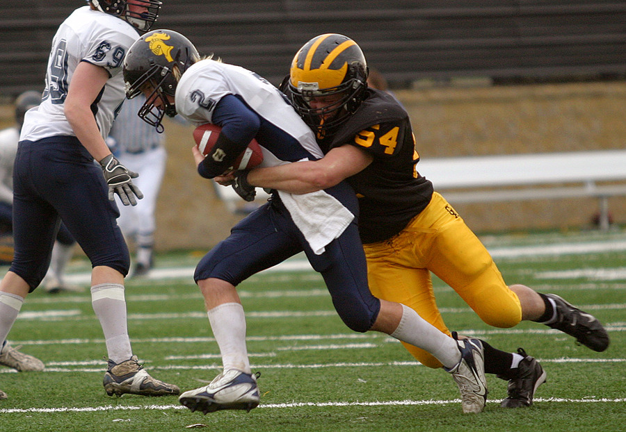 Brian Berglund recorded 54 total tackles last season.