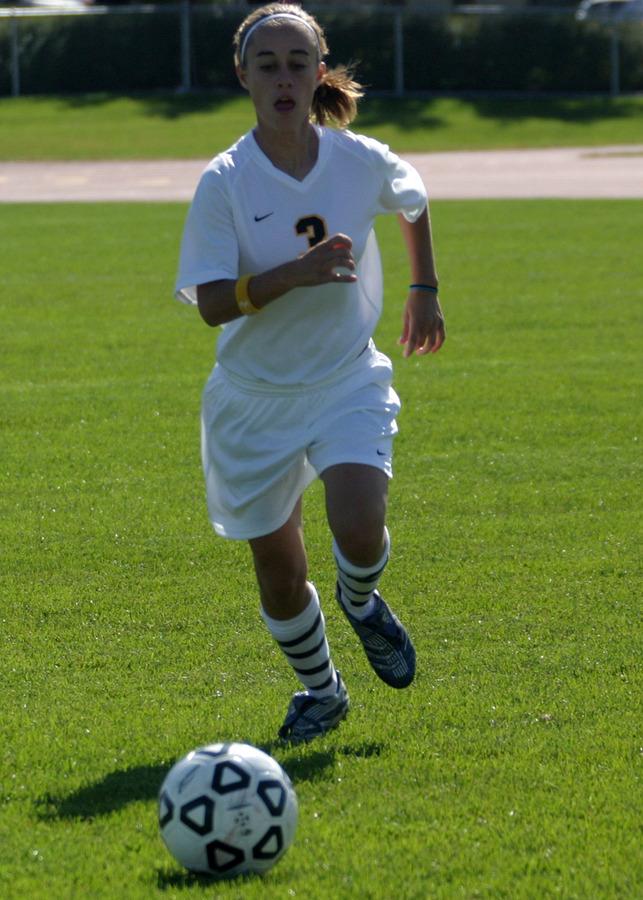 Mackenzie Del Santro scored the winning goal for Gustavus