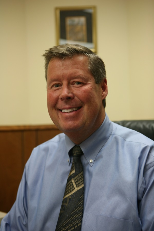 Doug Minter is the new director of student financial assistance.