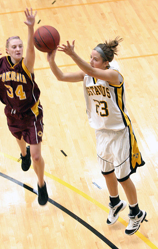 Molly Geske scored a career high 21 points, including 19 in the second half.