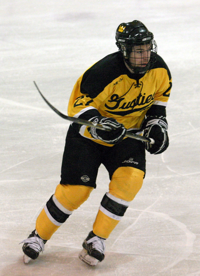 Rory Dynan scored the first and fourth Gustie goals.