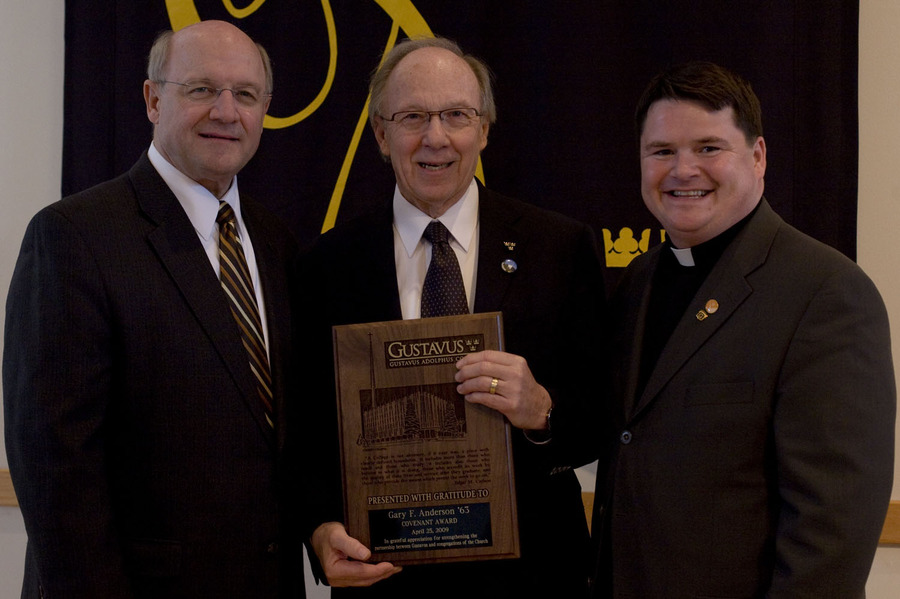 The Rev. Gary F. Anderson flanked by President Jack R. Ohle on the left and the Rev. Grady St. Dennis on the right.