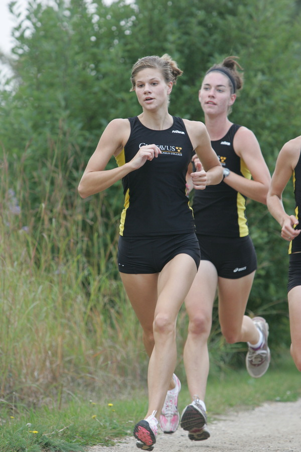 Megan Lundgren, shown here in the foreground, finished seventh with a time of 19:32.