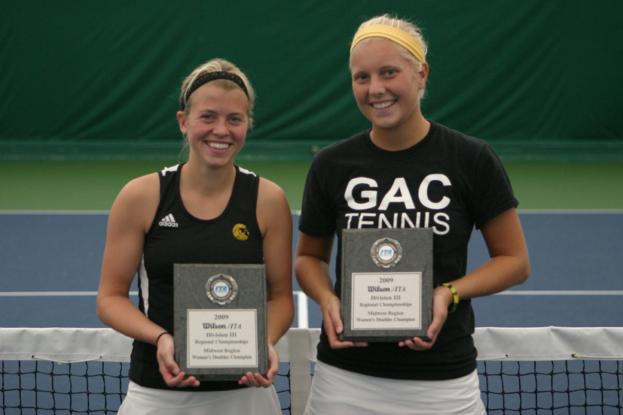 Sierra Krebsbach and Sam Frank of Gustavus won the Doubles Title.