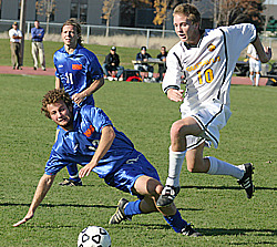 #10 Bobby Kroog avoids a tackle in last Saturday's 3-0 win against Macalester.